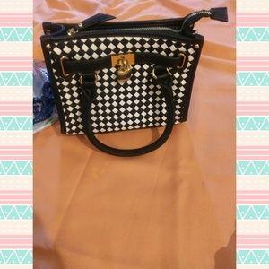 Charming charlie lock purse